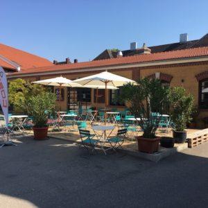Mittagessen in Augsburg Terrasse